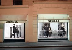 chanel-fall-winter-2011-12-pre-collection-window-shopping.jpg 673×469 pixels