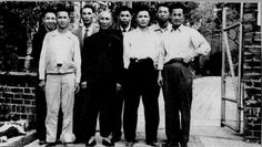 SWK Ip Man - Group (Li Kam Shing, Chow Jui, Yip Bo Ching, Ip Man, Au Keung, Wong Shun Leung, Tsui Sheung Tin, Tsui Kong Tin) Spring 1955 (1)