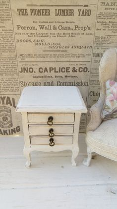 A chest of drawers for the dollhouse by Miniatyrmama