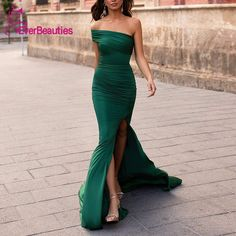 Green Off-the-Shoulder Split Long Evening Gowns Green Off-the-Shoulder Split Long Evening Gowns <br> Looking for a green mermaid evening dress for your occassion? Luluslly is here to supply you affordable pretty dress, save a heap today. Affordable Prom Dresses, Elegant Dresses For Women, Pretty Dresses, Affordable Evening Gowns, Long Evening Gowns, Mermaid Evening Dresses, Chiffon Dress, Strapless Dress Formal, Formal Dresses