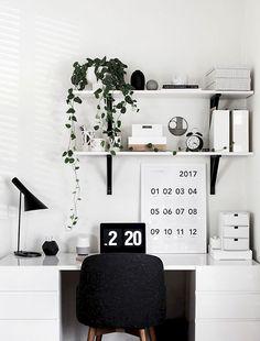 Trendy home office quarto feminino simples Ideas Workspace Design, Home Office Design, Home Office Decor, Home Interior Design, Office Ideas, Office Style, Room Interior, Desk Inspiration, Desk Inspo