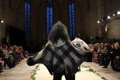 Veste en feutre- Collection Non Tissé/TIssé- Lola Bastille www.lolabastille.com Bastille, Cape, Ballet Skirt, Paris, Skirts, Collection, Fashion, Felt, Fabrics