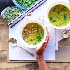 fiber and protein rich curried red lentil soup with warming spices, bright kale, lime juice, and farro - a perfect light lunch (vegan) #MeatlessMonday