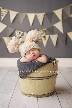 My Lovely Newborn Photos: Photographing in Manual