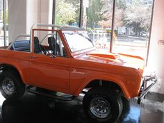 classic ford bronco    Oh.  My.  Gawd.  I have always loved the classic bronco, but in orange, is even better!