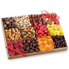 Golden State Fruit Grand Fruit, Nuts and Sweets to Share Tray Gift Tray