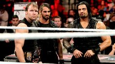 Raw 12/16/13: CM Punk & The Usos vs The Shield
