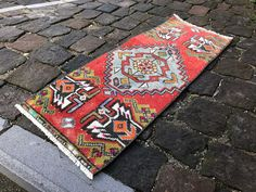 Where To Buy Plastic Carpet Runners Wool Area Rugs, Wool Rug, Cool Gadgets To Buy, Turkey Colors, Small Area Rugs, Types Of Rugs, Entry Rug, Carpet Trends, Handmade Rugs