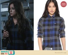Skye's grey and blue gingham check flannel shirt on Agents of SHIELD. Outfit Details: http://wornontv.net/23367 #AgentsofSHIELD
