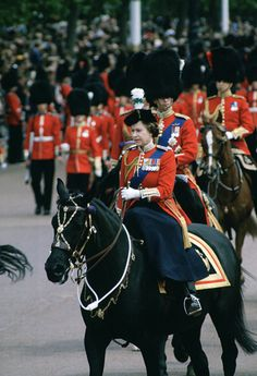 Queen Elizabeth Ii Birthday, Princess Elizabeth, Trooping The Colour 2018, Queen's Official Birthday, Horse Guards Parade, British Royal Families, Lady Diana Spencer, British Monarchy, Prince Charles