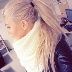 simple ponytail & stunning  blonde hair color