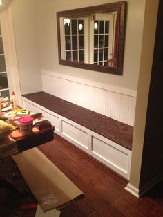 Dining room Feng Shui Dos and don'ts Kitchen Nook Bench, Banquette Seating In Kitchen, Kitchen Booths, Dining Room Bench, Dining Room Walls, Dining Room Design, Dining Area, Dining Table, Living Room