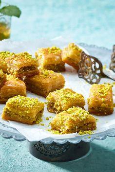 Baklava - das beste Rezept - Famous Last Words Panera Bread, Good Deeds, Strudel, Cheesecake Baklava, Bagels, Gozleme, Beer Bratwurst, Macedonian Food, Bbq Catering