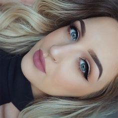 Beautiful look @oliviahaworth_makeup  BROWS: #Dipbrow in Chocolate  EYES: Modern Renaissance palette  GLOW: Sun Dipped #glowkit  LIPS: Gerard Cosmetics liquid lipstick in Serenity  #anastasiabeverlyhills