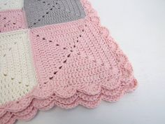 crochet blanket pink cream organic cotton by  Cat on Etsy
