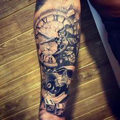 Фото тату Александр Телицын Pinky Tattoo, Dope Tattoos, Tatoos, Scooby Snacks, Calf Tattoo, Henna, Tatting, Piercings, Tattoo Designs