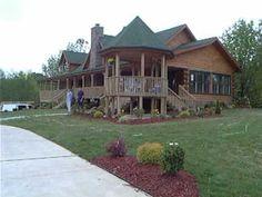 I want a log home so badly!