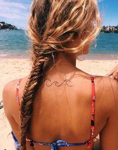 Cute Small Feminine Tattoos for Women 2020 – Tiny Meaningful Tattoos. Tattoos are being really popular among women. Nordstrom Bikini, 42 Tattoo, Surf Tattoo, Blue Tattoo, Samoan Tattoo, Small Feminine Tattoos, Simple Wave Tattoo, Tropical Tattoo, The Beach