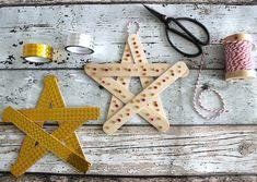 Holzsterne aus Eisstielen basteln, DIY, Stern, Weihnachten, Xmas, auch als Baumschmuck oder Geschenkanhänger und zum Kalender selbst basteln, #UhuimAdvent via Lifestylemommy.de