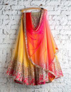 new Indian Lehenga Choli Ethnic Bollywood Wedding Bridal Party Wear Dress Lehenga Choli Designs, Lehenga Choli Online, Designer Bridal Lehenga, Bridal Lehenga Choli, Designer Sarees, Indian Lehenga, Red Lehenga, Yellow Lehenga, Indian Attire