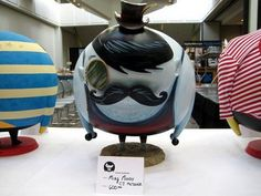 toycutter: Custom vinyl toys at Vinyl Toy Network