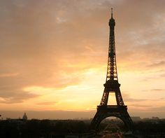 3 days in Paris and 15 things to do http://www.aluxurytravelblog.com/2013/06/29/3-days-in-paris-and-15-things-to-do/