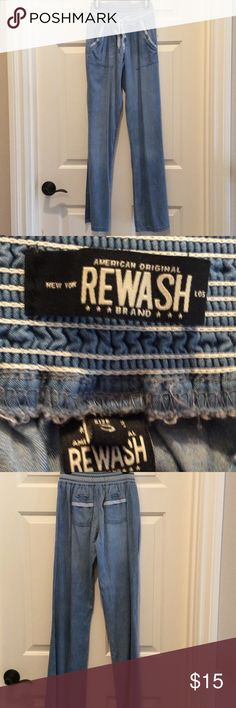 Re wash cotton pants Like new condition re wash brand cotton pants.  Elastic waist with front pockets.  Very cute details on waistband and pockets.  This is a junior size small.  Worn once. Rewash Pants Ankle & Cropped