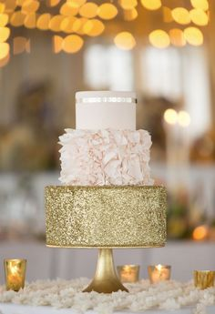 pink and gold wedding cake idea, blush weddings, add glitter to your blush weddings, color inspiration for blush weddings ; photo: Erin Schrad Photography