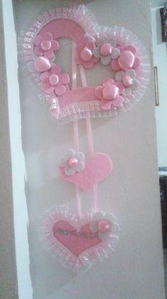 Baby Shower Crafts, Baby Crafts, Baby Shower Favors, Diy And Crafts, Baby Shower Souvenirs, Baby Sewing Projects, Baby Keepsake, Heart Decorations, Baby Art