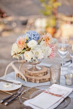 antlers and blooms Photography by Aaron Delesie Photographer / aarondelesie.com, Floral and Event Design by Kelly Oshiro Design / kellyoshirodesign.com #centerpieces #rustic