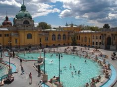 The best bath in Budapest. What I wouldn't do to trade in the last of the Norwegian winter for this!