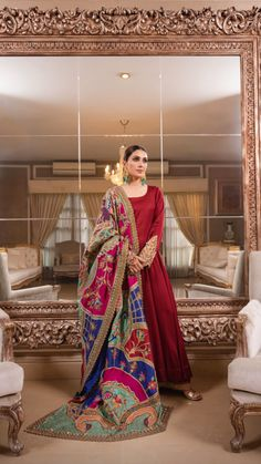 Pakistani Fashion Party Wear, Indian Fashion Dresses, Pakistani Wedding Outfits, Dress Indian Style, Indian Designer Outfits, Indian Outfits, Frock Fashion, Fashion Outfits, Fashion Trends
