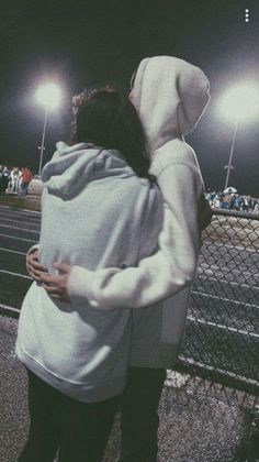 40 Sweet And Goofy Couples In Hoodies To Make You Wanna Fall In Love Right Now - Page 20 of 40 Relationship Goals boyfriend goals Photos Bff, Cute Couples Photos, Cute Couple Pictures, Cute Couples Goals, Couples In Love, Love Pics, Freaky Pictures, Sweet Couples, Beautiful Pictures