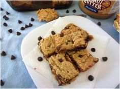 Easy Vegan Peanut Butter Chocolate ChipBars!