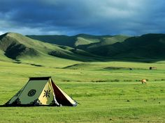 Mongolia's Grasslands And Tents - HD Travel photos and wallpapers