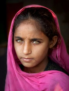 """Pakistani Girl - Inspired by Steve McCurry's """"Afghan Girl"""" (National Geographic). by Ali Khataw"""