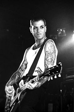 I write songs for myself, and I hope that other people will like them too. – Mike Ness If you've been a fan of Social Distortion for any time at all, you know that Mike Ness is into authentic. Mike Ness, Social Distortion, Music Love, My Music, Rock Music, Sick Boy, Grunge, Rockn Roll, Psychobilly