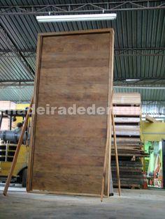 Porta gigante de madeira de demolição - www.madeiradedemolicao.com