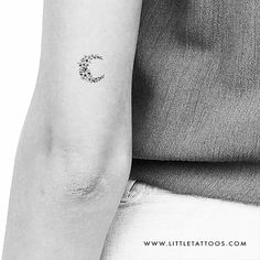 Little Floral Crescent Moon Temporary Tattoo (Set of – littletattoos Astronomy Tattoo, Tattoo Set, Tattoos Gallery, Temporary Tattoos, How To Look Pretty, Tattoos For Women, Tattoo Artists, Henna, Spirituality