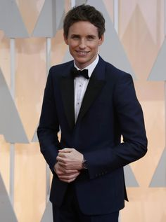 Just a simple, classy Oscars tux, but that's one handsome man inside of it. Congrats to Eddie Redmayne on his Oscar for best actor in the Theory of Everything!