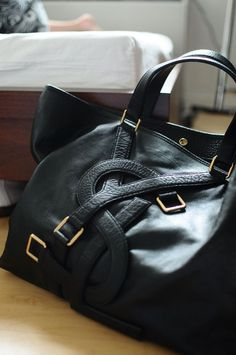 YSL. Want this bag. Classic.