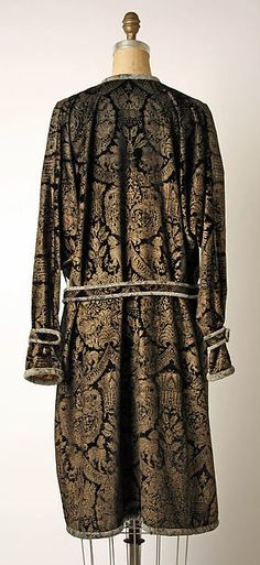 Evening ensemble Design House: Fortuny (Italian, founded 1906) Designer: Mariano Fortuny (Spanish, Granada 1871–1949 Venice) Date: 1927 Culture: Italian Medium: silk