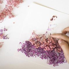 Malaysian artist Lim Zhi Wei creates cute illustrations of dresses and girls she posts daily on her Instagram. Her series Flower Girls gathers sketches where the dresses are completed with real pet…