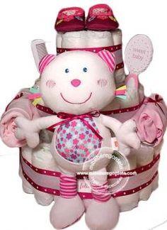 """Tarta de Pañales """"La Gatita Presumida"""", Regalo Original y Práctico para Recién Nacidos de Mi Bebé Regordetes Bebés  #regalosbebes #tartasdepañales #canastillahospital"""