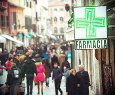 ¿Es la cruz led una buena elección para mi farmacia? Rotulos en Barcelona | Tecneplas - http://rotulos-tecneplas.com/la-cruz-led-una-buena-eleccion-farmacia/    #EMPRESAYROTULACION, #ROTULOSYCOMUNICACIÓNVISUAL, #ROTULOSYCRUCESDEFARMACIA, #ROTULOS,LETREROSYLUMINOSOSENGENERAL @Tecneplas
