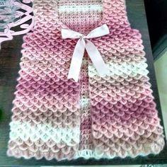 Hand Knitting Women's Sweaters Gilet Crochet, Crochet Coat, Crochet Jacket, Crochet Motif, Crochet Clothes, Diy Crochet, Baby Knitting Patterns, Crochet Stitches Patterns, Dress Sewing Patterns