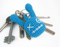 Key-monster - Crochet keychain - Amigurumi creature - Colorful soft toy - Stuffed toy - Cotton - Many color options - Turquoise