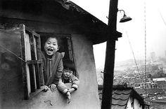 [사진작가] 김기찬(金基贊, 1938-2005) - 골목안 풍경 : 네이버 블로그 Kim Ki Chan