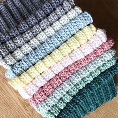 Min mormor strikkede altid karklude til hele… Knitting Patterns Free, Knit Patterns, Free Pattern, Spa Outfit, Knitted Afghans, Needlework, Diy And Crafts, Projects To Try, Crafty
