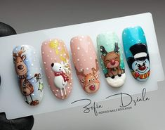 Cute Christmas Nails, Xmas Nails, New Year's Nails, Love Nails, Diy Nails, Hair And Nails, Accent Nail Toes, Nails For Kids, Maquillage Halloween